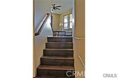 321 Tall Oak, Irvine CA: http://media.crmls.org/medias/fe0c62eb-7239-432b-a6d2-822d93d6c112.jpg