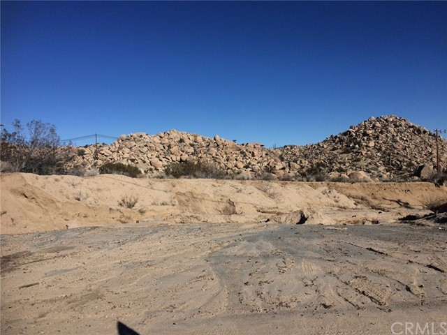 0 Buena Suerta Road, Yucca Valley CA: http://media.crmls.org/medias/fe117ac9-0364-481f-b67e-2f300985c4a0.jpg