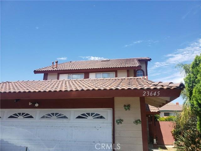 23645 Misty Glade Court, Moreno Valley CA: http://media.crmls.org/medias/fe213a5d-9b18-477d-b6cd-779309f77451.jpg