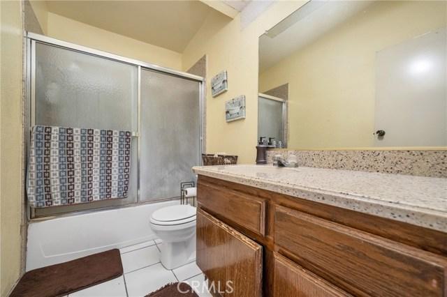 725 S Lassen Avenue, San Bernardino CA: http://media.crmls.org/medias/fe245541-8440-4fef-be4d-ef1af8c2903f.jpg