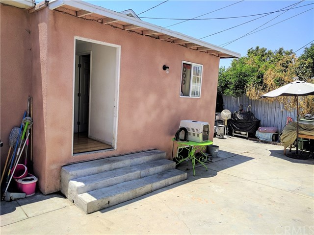 121 W 73rd Street Los Angeles, CA 90003 - MLS #: RS17131165