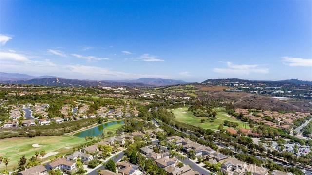 207 Via Malaga, San Clemente CA: http://media.crmls.org/medias/fe29072e-cfeb-4461-a575-324462a78ed1.jpg