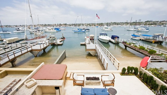 Single Family Home for Rent at 1711 Bay Avenue E Newport Beach, California 92661 United States