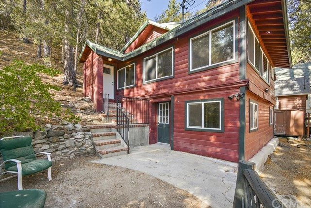 2037 Mojave Scenic Dr, Wrightwood, CA 92397 Photo