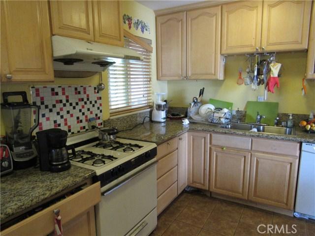 2104 Continental Avenue, Costa Mesa CA: http://media.crmls.org/medias/fe2f4d49-b98d-4912-9948-fe17a55e962b.jpg