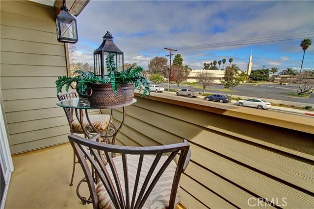 19241 Delaware Street, Huntington Beach CA: http://media.crmls.org/medias/fe439365-f755-4f38-bcba-3c41110f04a4.jpg