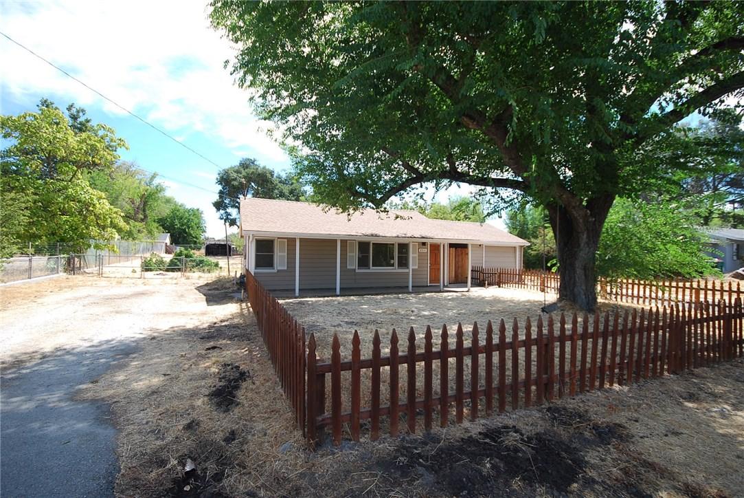 8910 Curbaril Avenue, Atascadero CA: http://media.crmls.org/medias/fe484ccf-875e-4bbe-ad89-a4e6a5225d26.jpg