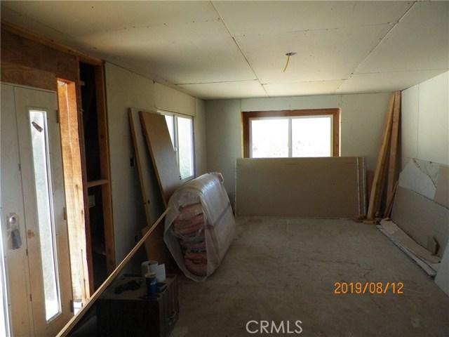 36770 Old Cary Road, Anza CA: http://media.crmls.org/medias/fe4c36e2-3946-4061-907c-807cacf29ffd.jpg