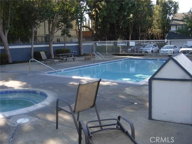 3022 W Cheryllyn Ln, Anaheim, CA 92804 Photo 9
