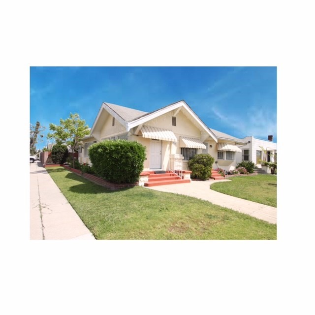 Single Family Home for Sale at 3650 Arlington Avenue Los Angeles, California 90018 United States