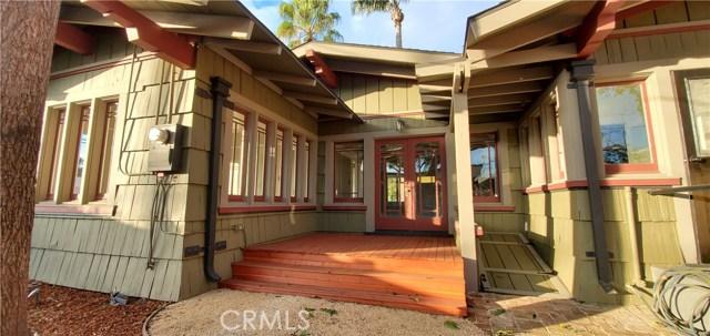 206 W 18th Street, Santa Ana CA: http://media.crmls.org/medias/fe5f1839-355b-4095-a797-5552ee3d2350.jpg