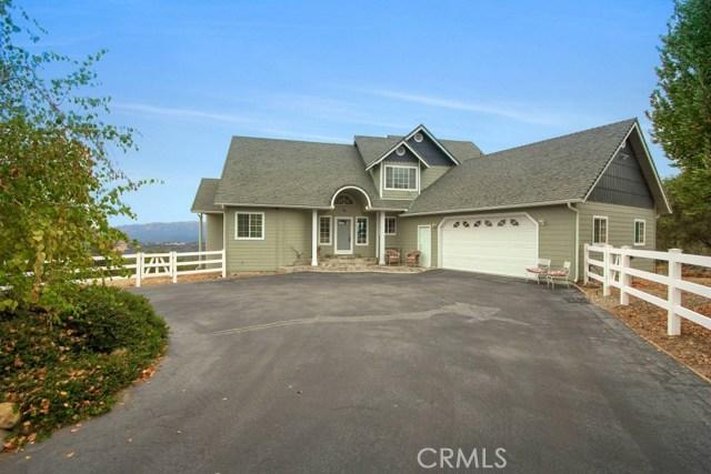 Casa Unifamiliar por un Venta en 43906 Road 628 Ahwahnee, California 93601 Estados Unidos