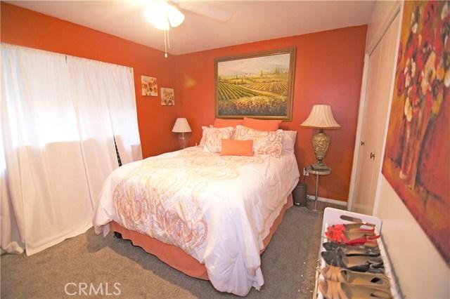 26590 Ridgemoor Road, Menifee CA: http://media.crmls.org/medias/fe705dd9-56c6-40f4-a90c-a53edc52e1f5.jpg