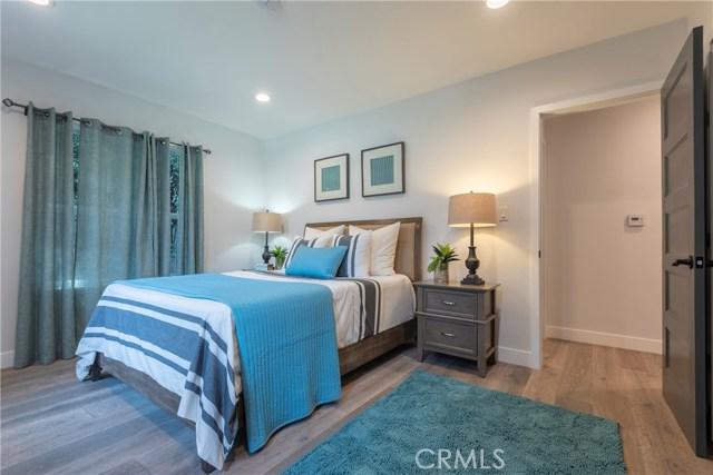 1817 Cochran Place, Los Angeles CA: http://media.crmls.org/medias/fe7ee718-7667-4574-85b2-44adfb6d2e83.jpg