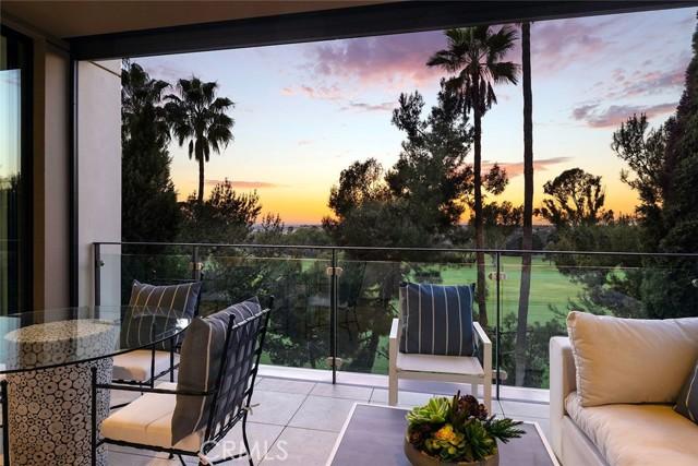 1319 Santa Barbara Drive, Newport Beach CA: http://media.crmls.org/medias/fe7efd00-b15e-41b5-bb4e-3ea68e8cb827.jpg