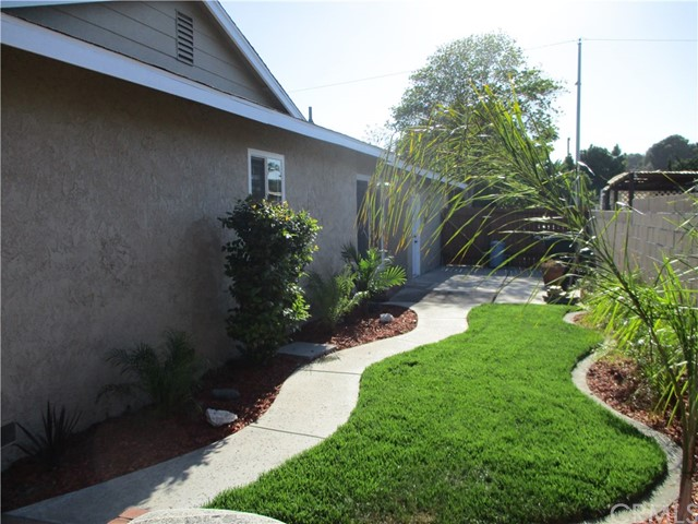 218 N Siesta, Anaheim, CA 92801 Photo 50