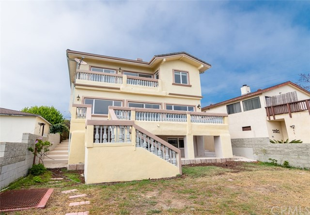 1064 Avenue D Redondo Beach, CA 90277 - MLS #: PV18069220