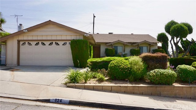 824 Coffman Drive, Montebello CA: http://media.crmls.org/medias/fe923fec-eed0-44b2-b561-02e33ca8863b.jpg