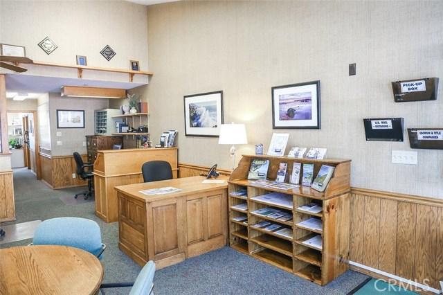 702 Main Street, Cambria CA: http://media.crmls.org/medias/fe9f6df2-faa0-4179-987e-0805bbf0d3d3.jpg