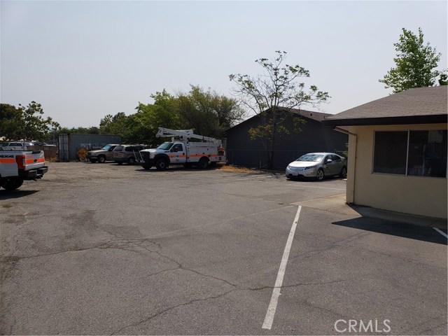2060 3rd Street, Oroville CA: http://media.crmls.org/medias/fea475d5-4354-4e6f-8f0f-498c6bdbe53d.jpg