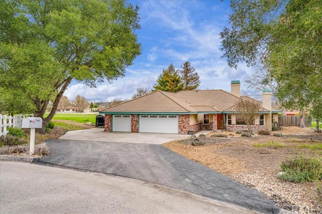 7060  Artiga Court, Atascadero, California