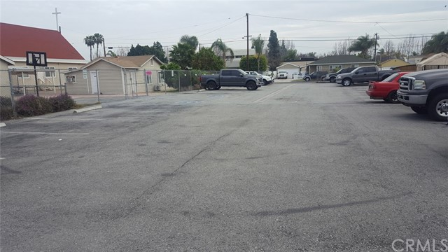 7651 5th St, Buena Park CA: http://media.crmls.org/medias/feaa8882-6fe9-4e9a-adfc-139752160234.jpg