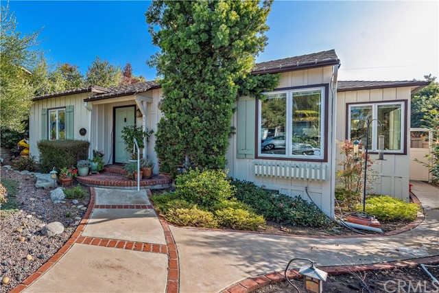 Detail Gallery Image 1 of 28 For 377 Myrtle St, Laguna Beach,  CA 92651 - – Beds | – Baths