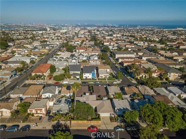 730 Oro Terrace, San Pedro CA: http://media.crmls.org/medias/fec02bb1-2c72-41da-a0dd-d5511c682568.jpg