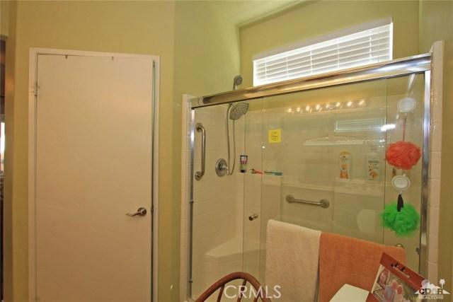 78936 Spirito Court, Palm Desert CA: http://media.crmls.org/medias/fec4f54b-7646-49fb-b756-4cb8c683115d.jpg