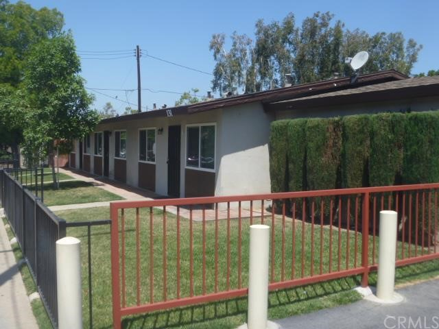 131 W Hoover Avenue Orange, CA 92867 is listed for sale as MLS Listing OC16125168