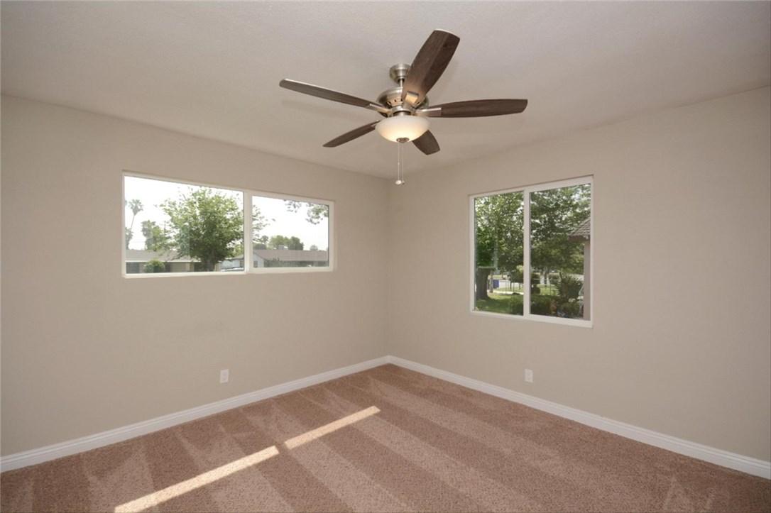 7106 Osbun Road, San Bernardino CA: http://media.crmls.org/medias/fece71a0-18a0-416e-9b3d-9ae730fcd673.jpg