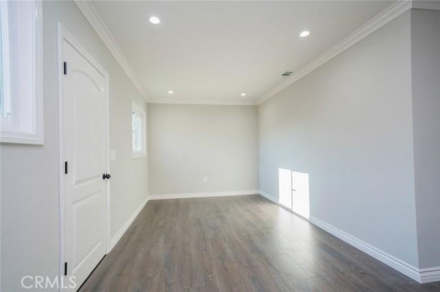 3711 E Harding Street, Long Beach CA: http://media.crmls.org/medias/fee68290-6509-4f9e-a0f1-38293871975f.jpg