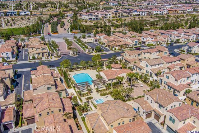 11510 Cararra Lane, Porter Ranch CA: http://media.crmls.org/medias/fef1a4fb-f924-473d-b34d-0ba1f6e0f19c.jpg
