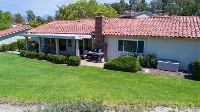 23671 Via Agustini, Mission Viejo CA: http://media.crmls.org/medias/fef22f09-7549-4caf-984f-f147bbe348b6.jpg