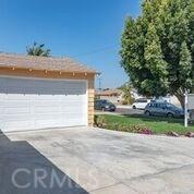 108 W 224th Place, Carson CA: http://media.crmls.org/medias/fef69263-6e26-415f-b586-02d061c5d1b0.jpg