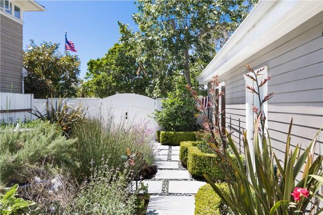 546 San Bernardino Avenue, Newport Beach, CA 92663