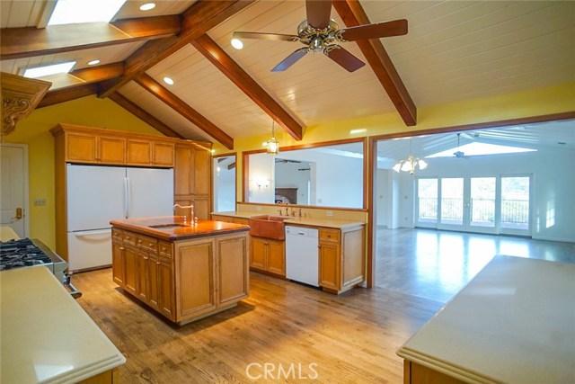 8380 Peninsula Drive Kelseyville, CA 95451 - MLS #: LC18280696