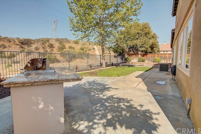 35060 Trevino Trail, Beaumont CA: http://media.crmls.org/medias/feff846e-70c2-4d0f-a1c3-71a6b10d7171.jpg