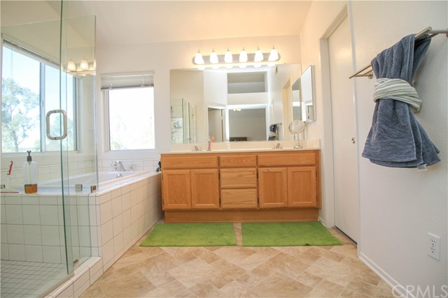 31534 Via San Carlos, Temecula, CA 92592 Photo 13