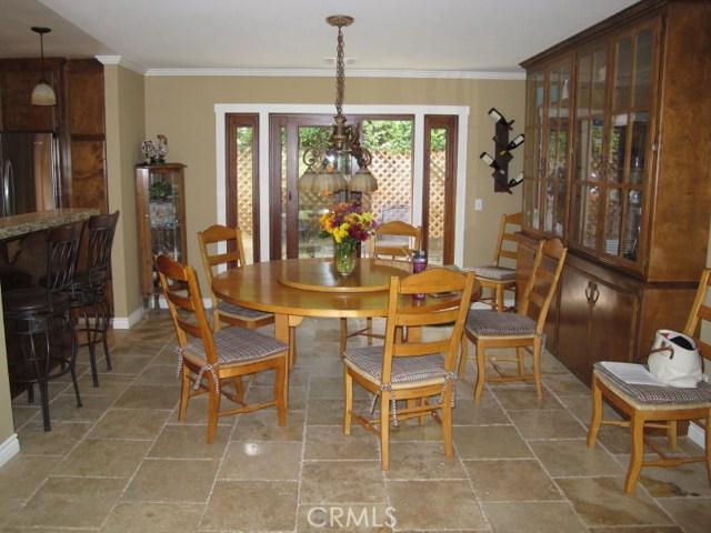 422 Fairview Lane, Paso Robles CA: http://media.crmls.org/medias/ff25ba1b-14c0-4bd6-8f86-81d31692c509.jpg