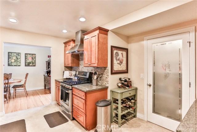3250 W Deerwood Dr, Anaheim, CA 92804 Photo 24