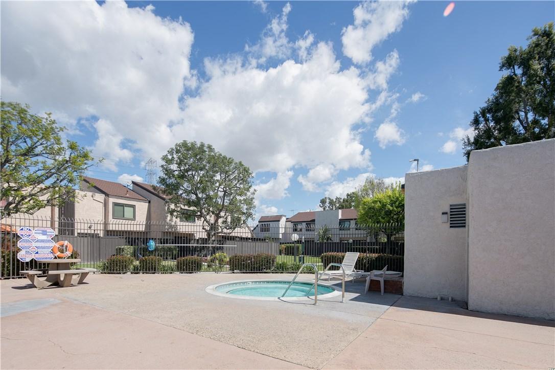 1670 S Heritage Cr, Anaheim, CA 92804 Photo 24