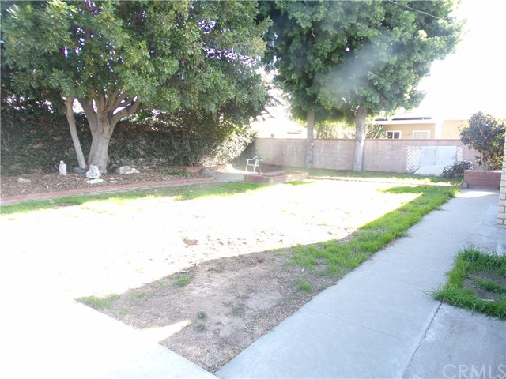 1514 N Studebaker Rd, Long Beach, CA 90815 Photo 20
