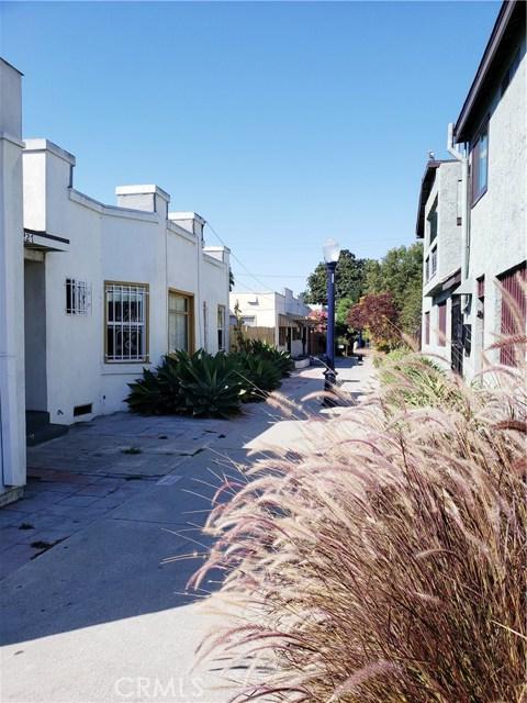 1227 E 7th Street, Long Beach CA: http://media.crmls.org/medias/ff3504ec-5ce3-4172-a64b-0498222a6920.jpg