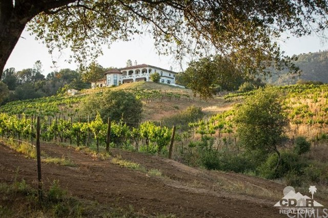 Single Family Home for Sale at 4063 Triangle Road Mariposa, California 95338 United States