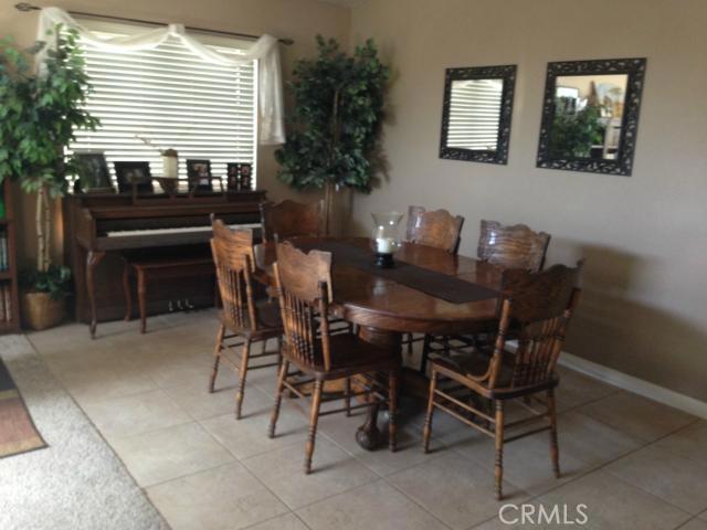 8952 Fallbrook Court, San Bernardino, California 92344, 4 Bedrooms Bedrooms, ,3 BathroomsBathrooms,HOUSE,For sale,Fallbrook,CV14151623