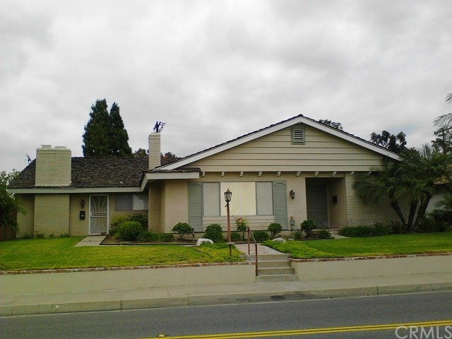 2639 N Canal Street Orange, CA 92865 is listed for sale as MLS Listing OC17119154