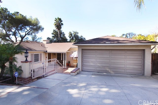 Single Family Home for Sale at 1853 Las Flores Drive 1853 Las Flores Drive Glendale, California 91207 United States