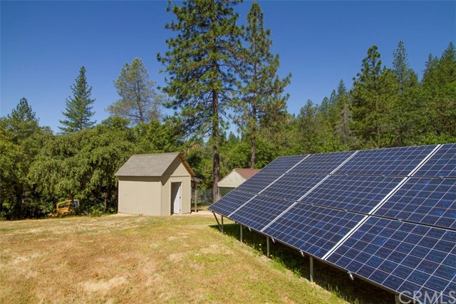 10391 Timber Cove Way, Oroville CA: http://media.crmls.org/medias/ff645931-bc43-4cec-82d4-2af5651b23b4.jpg