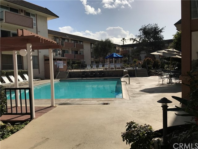 5585 E Pacific Coast, Long Beach, CA 90804 Photo 11